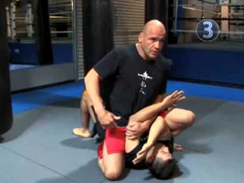 Bas Rutten's How To Do Armbar From A Mount