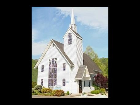 Nothing Says Southern Love More Than A Wedding Chapel In Gatlinburg TN
