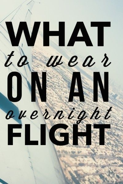 Summer Travel Outfits What to Wear on an Overnight Flight or long plane ride. Cute but stylish travel clothes and travel dresses that are comfortable enough to sleep on a plane in and chic enough to visit your destination city.