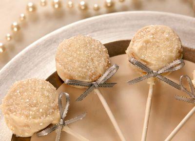 Le chic en toute simplicité: Biscuits-suçons enrobés de Candy Melts