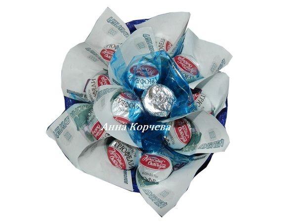 Сувениры Денежный букет с конфетами  (Конфетные букеты)