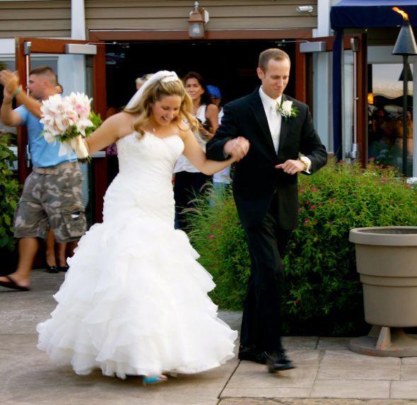Wedding Dresses For Short Curvy Brides Short Bride Curvy Bride Wedding Dress Styles