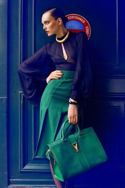 silk blouse, skirt,  handbag, hair pulled back = perfect classic style/look
