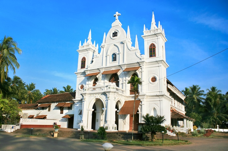 One of the major tourist attractions in Goa are its churches. Famous for their interesting architecture, these institutions of religion played a major role in inclining people towards Christianity. #CoxandKings