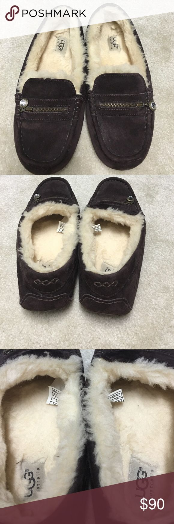 Women's Ugg shoes The Women's Ugg shoes are brand new and never worn. Perfect condition. They are slip on Uggs. UGG Shoes