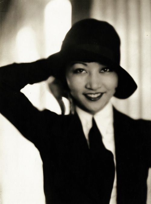 Anna May Wong, 1930s. First Chinese American Actress, her career spanned silent and sound films and television.