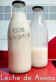 Así es como hago leche de avena totalmente casera en mi casa para toda la familia. Es muy fácil de hacer y útil para alérgicos y vegetarianos.