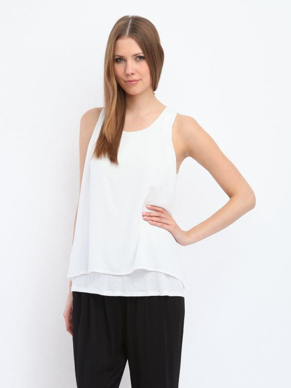 W2017 Top damski niebieski  - t-shirt bez rękawów - TOP SECRET. SPO2409 Świetna jakość, rewelacyjna cena, modny krój. Idealnie podkreśli atuty Twojej figury. Obejrzyj też inne topy tej marki.