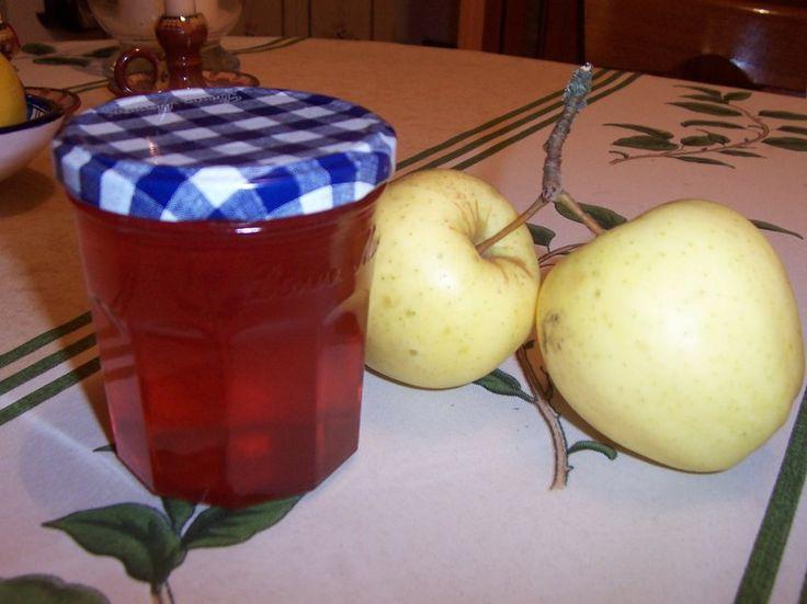 Gelée de pommes à la cannelle