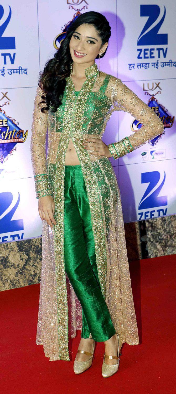 Vrushika Mehta at the Zee Rishtey Awards 2015. #Bollywood #Fashion #Style #Beauty #Hot #Desi