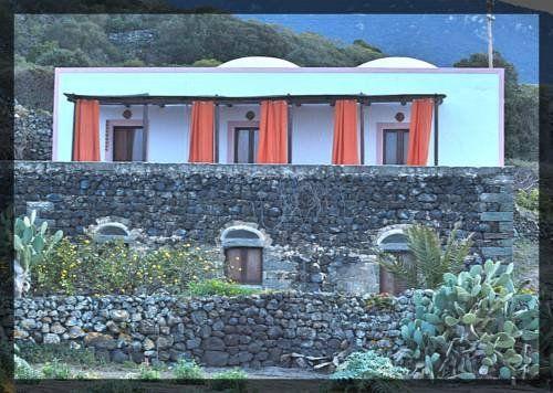Kamma, Pantelleria, Pantelleria Village, Italy • 7.92 km from city