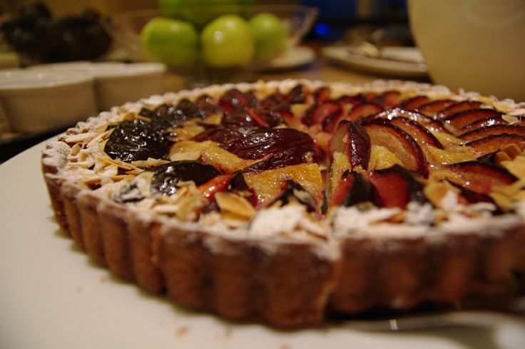 Tarta de higos y queso ricotta Tostadas, Queso Ricotta, Hand Pies, Sweet Recipes, Cookies, Cake, Desserts, Figs, Kitchen