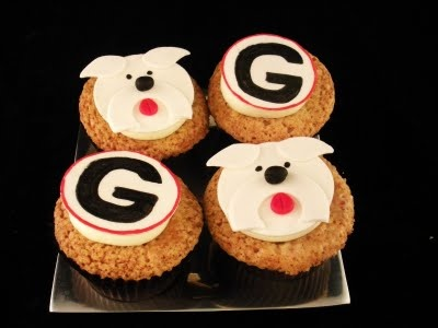 georgia bulldog cupcakes best 25 georgia bulldogs cake ideas on pinterest 3398