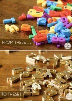 Tu nevera tendrá más clase con estas letras magnéticas pintadas de dorado.