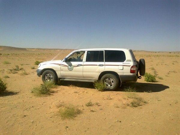 العثورعلى جيب الهيئة بالسليل في منطقة صحراوية شبكة سما الزلفي Car Van Vehicles