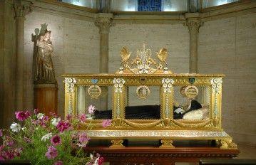La châsse de Sainte Bernadette - © P.Cabidoche