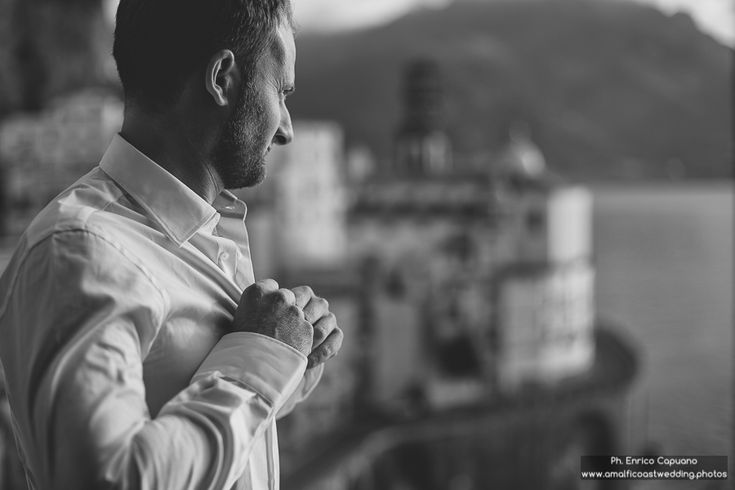 From www.amalficoastwedding.photos a nice wedding tale with a mix between the  Amalfi Coast and Sorrento as the location. Photography by Enrico Capuano, destination wedding photographer in reportage style in Italy.