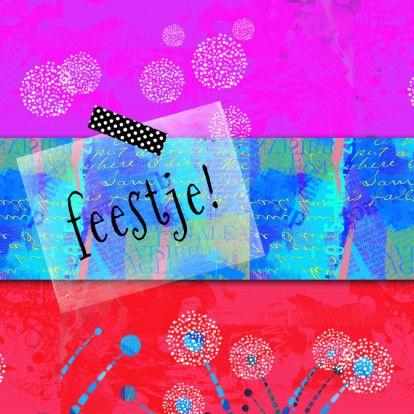 Hippe, kleurrijke uitnodiging in met eenvoudige bloemen en collage van tekstjes en vlakken. Tekst: feestje!  Hip plakbandje, zwart met witte stippen.