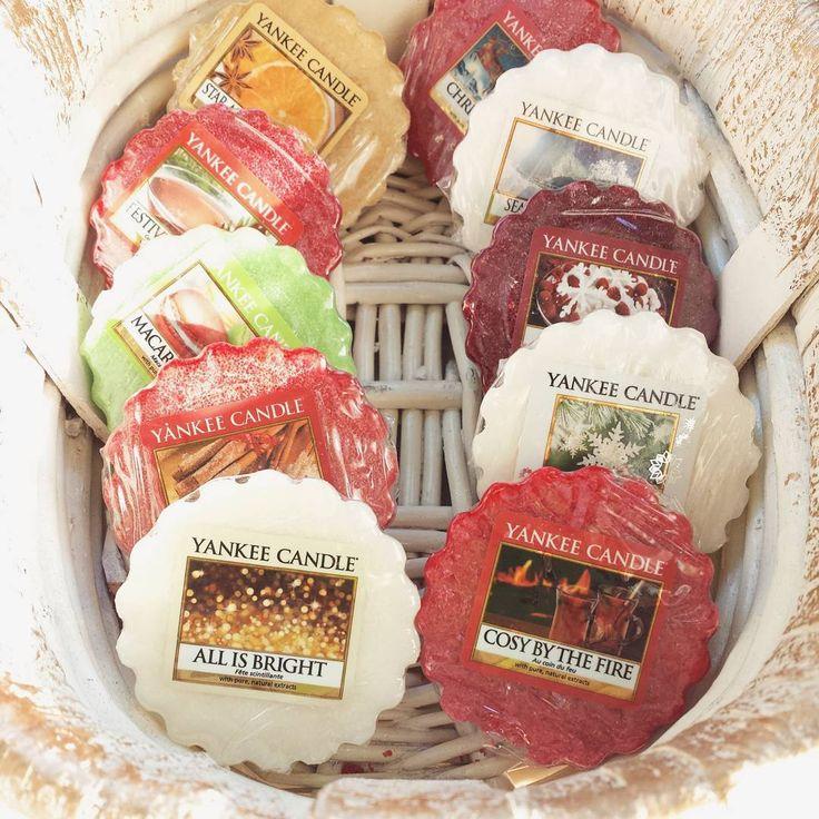Świąteczne zapachy Yankee Candle. Każdego dnia inny aromat wypełni dom ulubionym zapachem świąt #yankeecandle #woski #woskzapachowy #christmas #alledrogeria