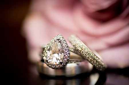 eclectic wedding rings | Francesca and Tyler in Philadelphia, Pennsylvania : Brides