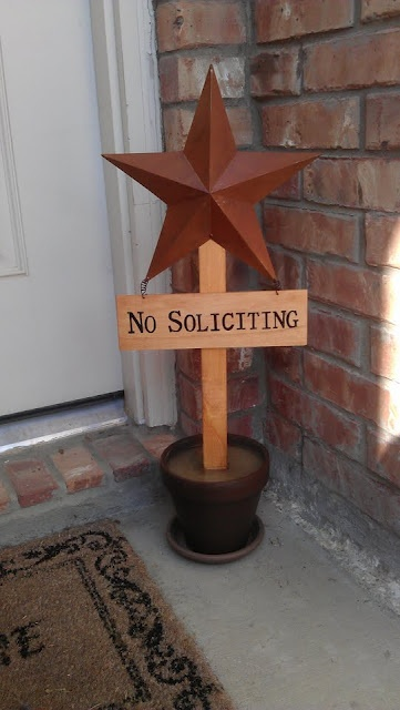 "tutorial for ""No Soliciting"" sign in planter"