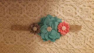 Headbandslatina              : Banda crema con flores coral, turquesa y gris