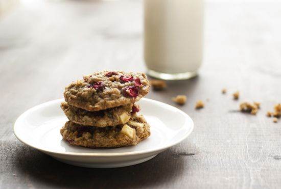 cranberry apple oatmeal cookies - Jelly Toast