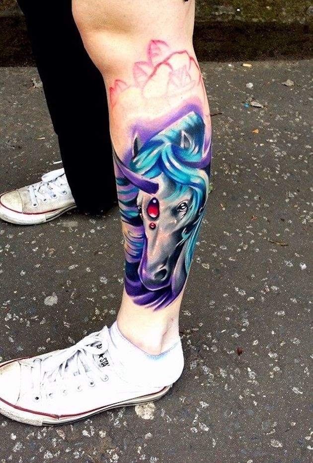 53 meilleures conceptions de tatouage de licorne pour les femmes   – Color Fantasy Tattoos