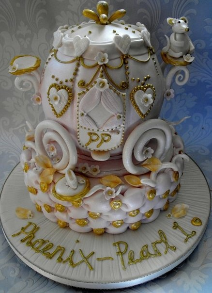 Carriage cake by deedee