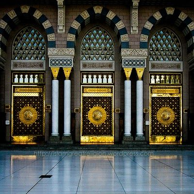 Ornate doors of Masjid Nabawi (the Prophet's Mosque), Madinah, Saudi Arabia. Built by the Islamic prophet Muhammad It is the second holiest site in Islam.
