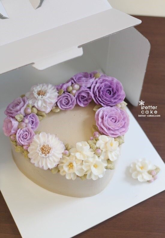 Done by student of Better class (베러 정규클래스/Regular class) www.better-cakes.com #buttercream#cake#베이킹#baking#rose#like#버터크림케익#베러케이크#yummy#flowers#생일케이크#sweet#플라워케익#foodporn#birthday#koreancake#디저트#foodie#dessert#버터크림플라워케이크#following#food#piping#beautiful#flowerstagram#instacake#장미#꽃스타그램#베이킹클래스#instafood#
