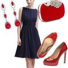 Vestito nero accessori rossi