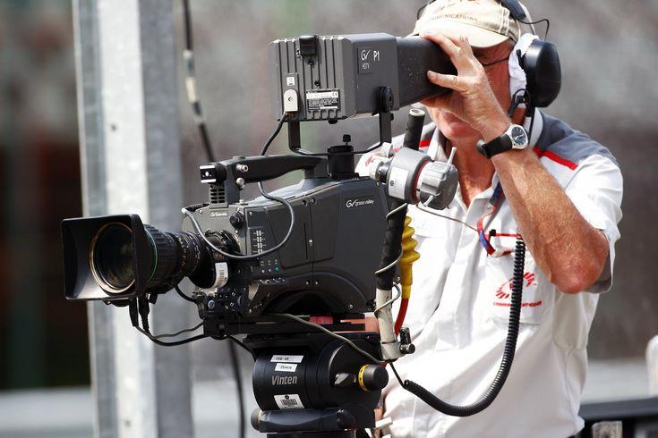 Formula 1 запустит собственное телевидение после старта сезона 2018 года. Сначала канал будет доступен через сайт, но позже сделают поддержку для Amazon, Apple и Android. Возможности F1 TV  Отсутствие рекламы. Поддержка английского, немецкого, французского и испанского языков. Ви