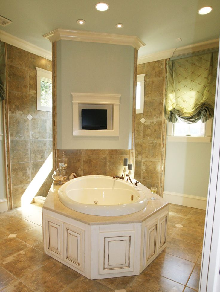 91 best Houses with Beautiful Bathtubs images on Pinterest ...