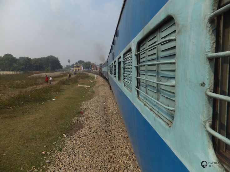 Zugfahrt von Gorakhpur nach Varanasi - Indien