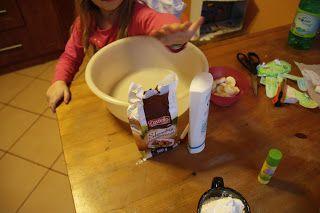 Ania mama Agnieszki: Ciastolina z  odżywki i mąki