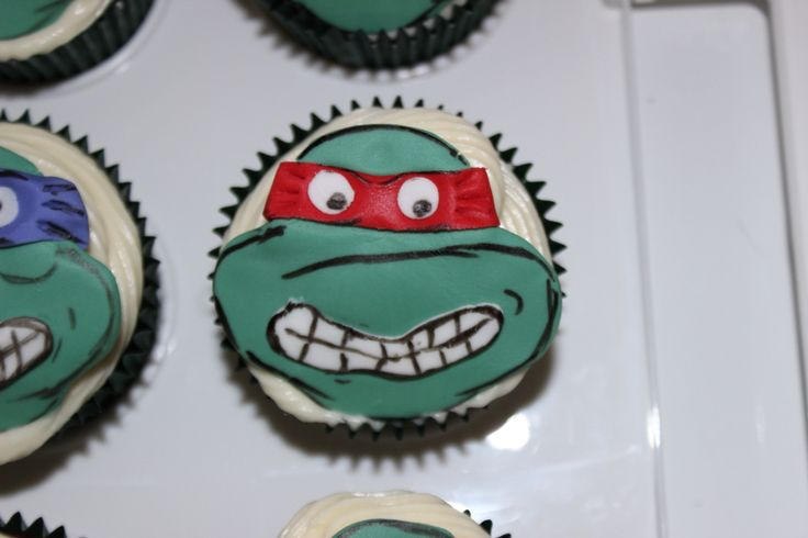 2015 - TMNT Cup Cakes
