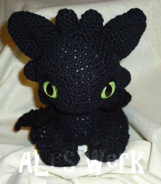 9 Best Ohnezahn Images On Pinterest Crochet Toothless Toothless
