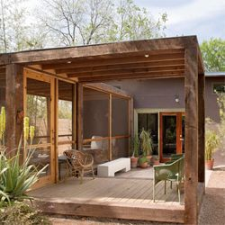 There are so many inspiring spaces in Poteet Architects' portfolio. (via desiretoinspire)