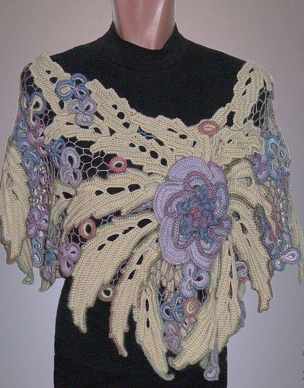 Freeform { Crochet & Tricot Galerie d'art FB page}