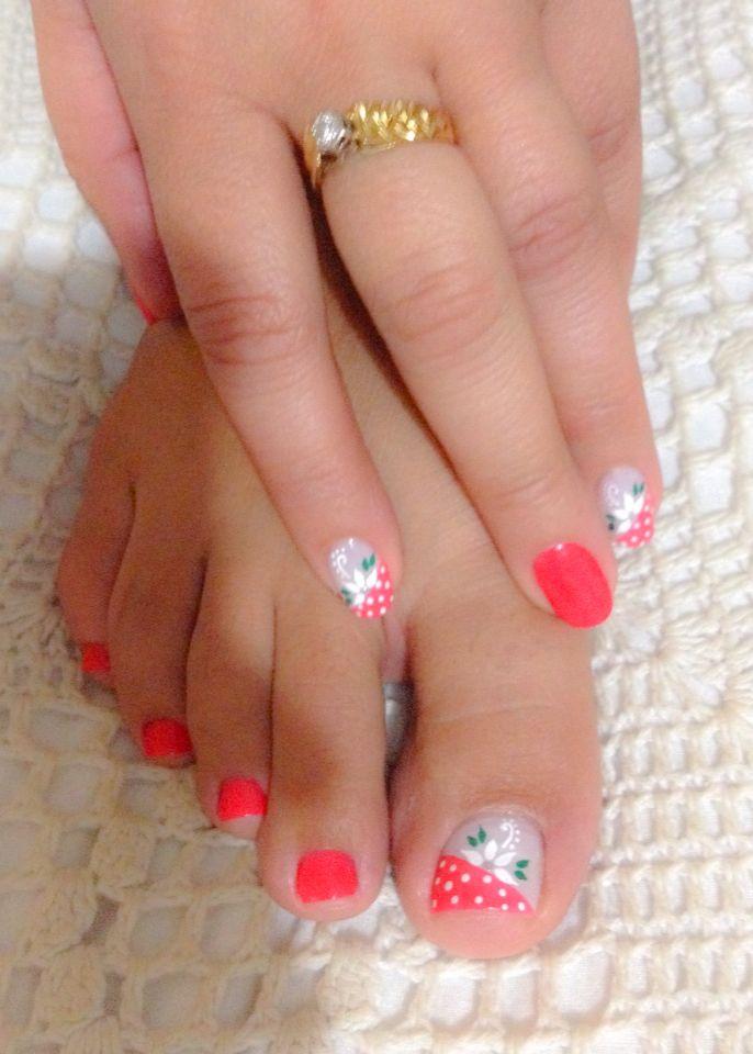 Decoración uñas de manos y pies, color rosado y blanco, puntos, flores