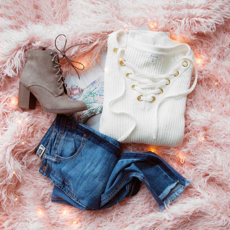 Elsa Lace Up Sweater - Ivory