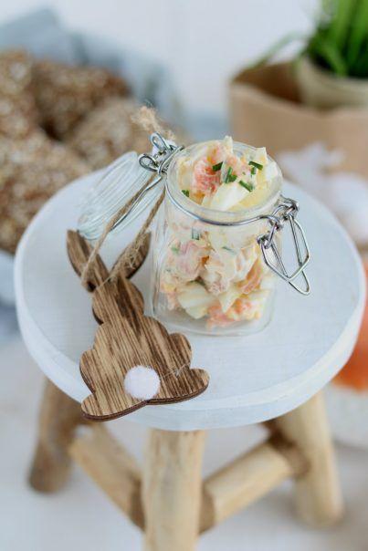 paas recepten: eiersalade met zalm in weckpotje