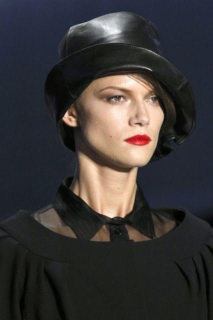 YUMA & FASHION: Christian Dior 12SS:1920's Hat