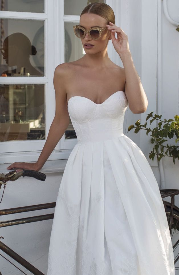 julie-vino-wedding-dresses-2016-24-02112016-km
