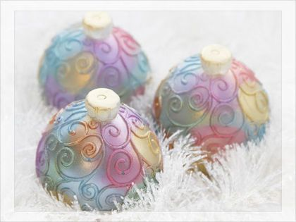 Мыло Елочный шар 3Д - круглый, яркий новогодний шар очень похожий на настоящую елочную игрушку) Объемный, с узором и новогодним ароматом. Подойдет любому кто любит Новый год!)