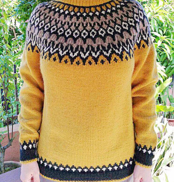 Icelandic sweater. Lopapeysa. Fair isle sweater.
