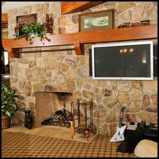 Full wall fieldstone fireplace fireplace ideas pinterest for Field stone fireplace