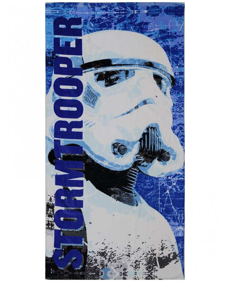 This Star Wars Stormtrooper Beach Towel is ideal for use at the beach, pool or at home and features a Stormtrooper. Free UK delivery available