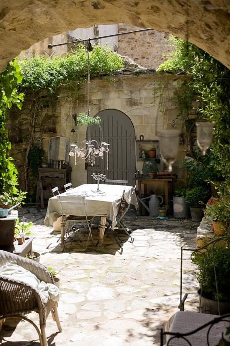 French country cottage farmhouse chic pinterest for French style courtyard ideas